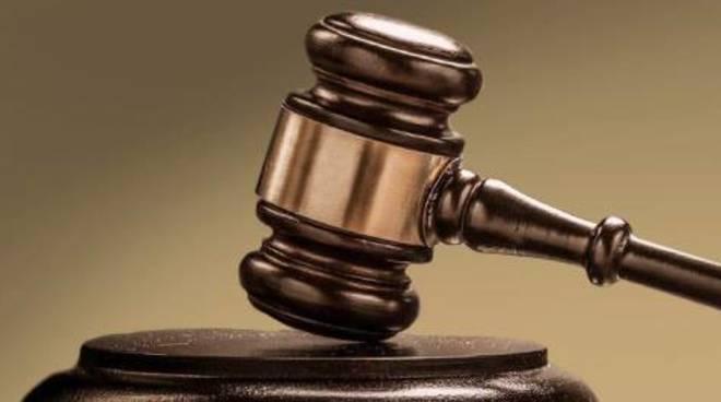 La Cassazione ribadisce il suo fermo no al carcere per i giornalisti condannati – seppure con pena sospesa – per il reato di diffamazione a mezzo stampa