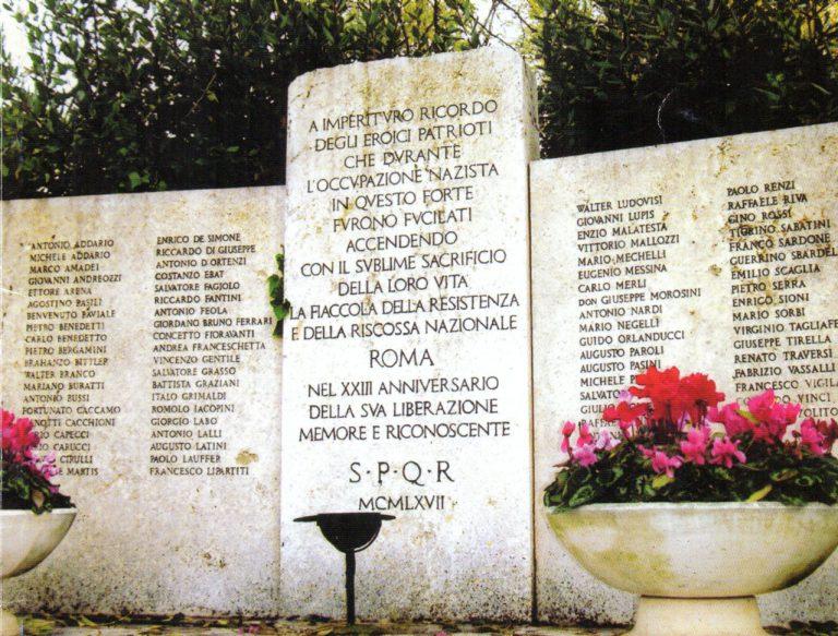 Per non dimenticare: a 77 anni dalla loro fucilazione a Roma a Forte Bravetta da parte dei nazifascisti il Sindacato Cronisti Romani ricorda i tre giornalisti partigiani Riziero Fantini, Enzio Malatesta e Carlo Merli, difensori della libertà e della democrazia e testimoni del loro tempo